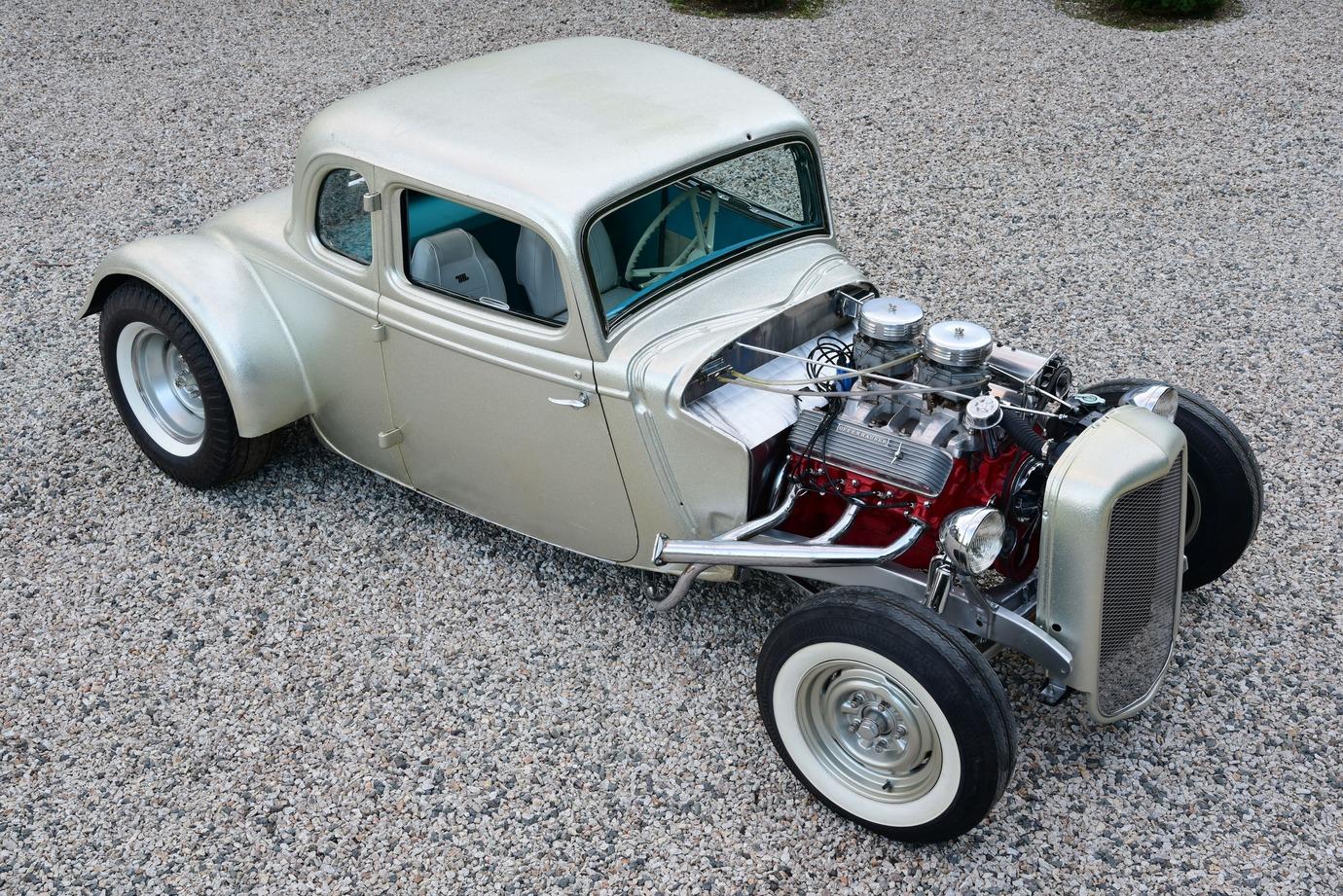 003-1934-ford-five-window-channeled-coupe-waitt