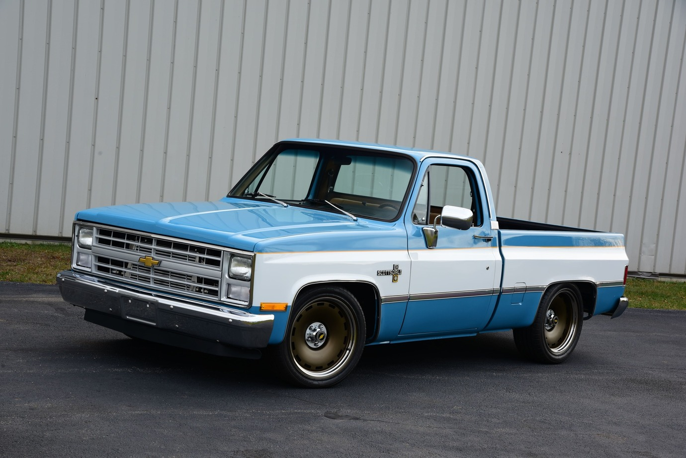 004-1983-chevrolet-c10-scottsdale-pickup-cerce