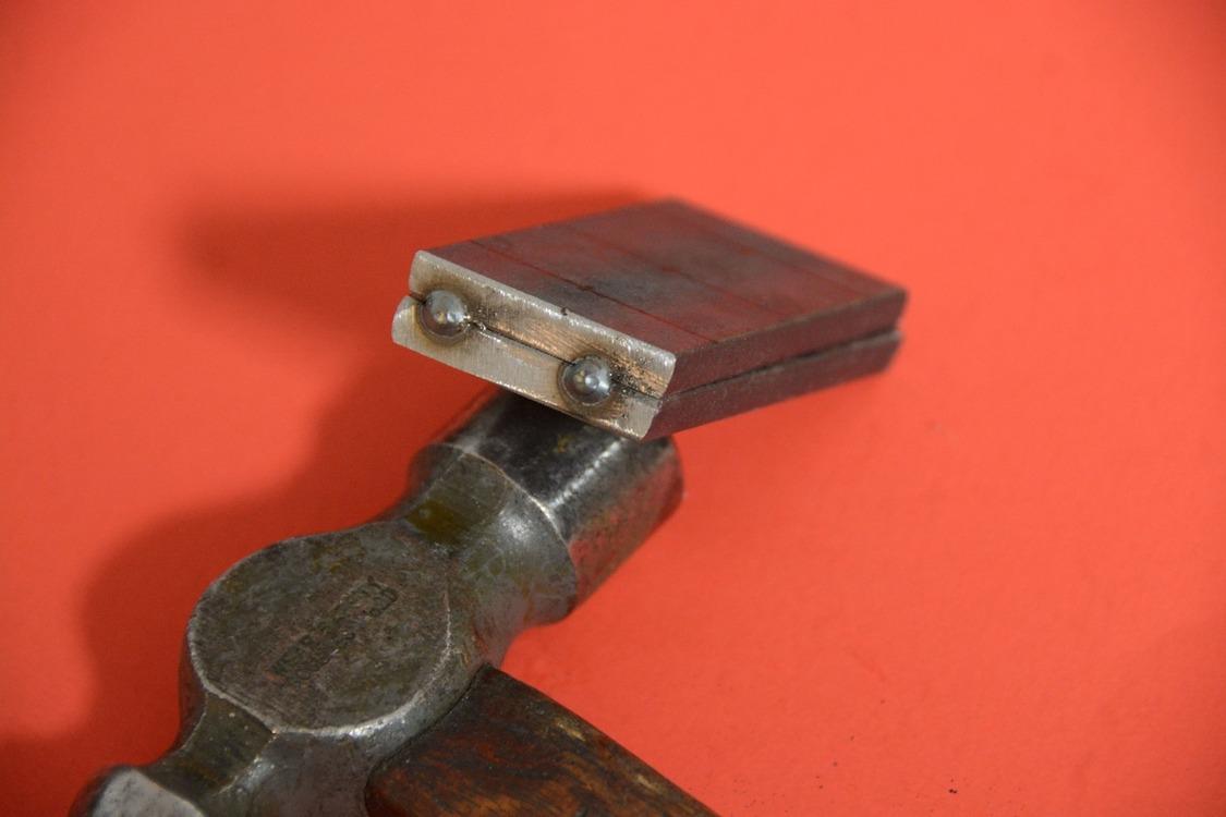 005-1936-ford-phaeton-hinge-pin-repair