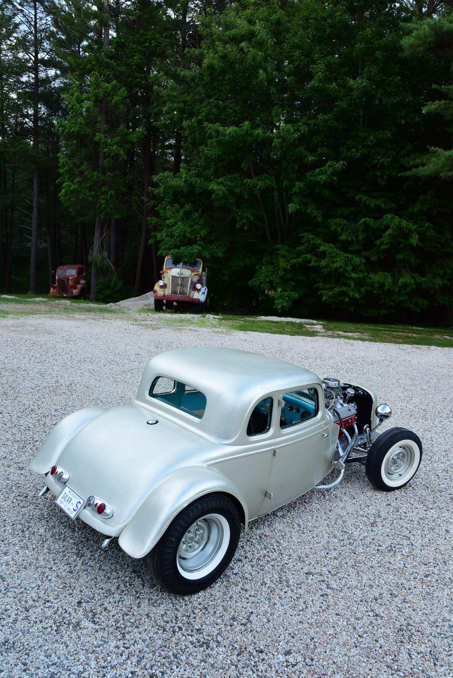 006-1934-ford-five-window-channeled-coupe-waitt