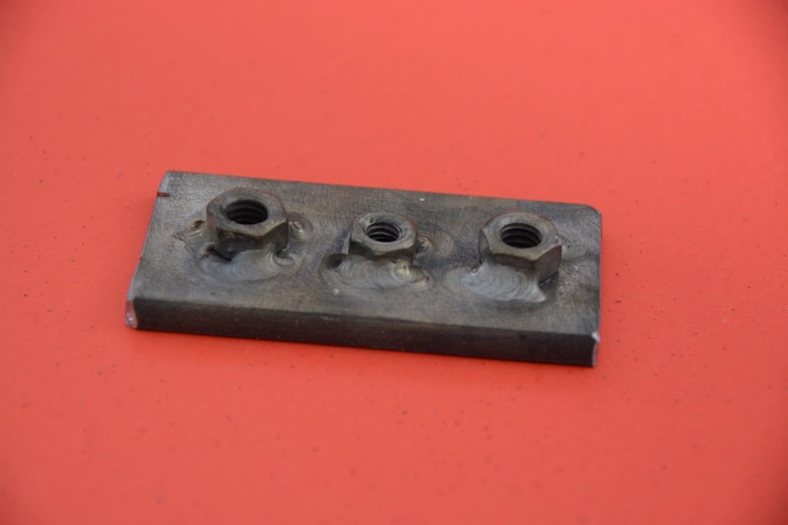 009-1936-ford-phaeton-hinge-pin-repair