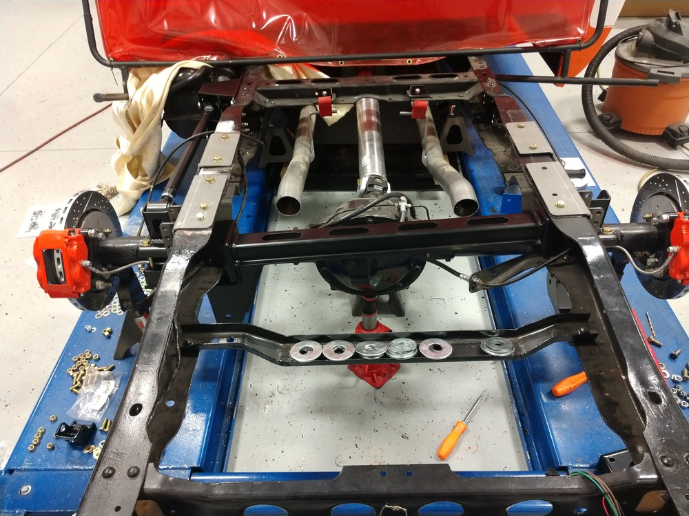 013-1973-1987-chevrolet-c10-square-body-pickup-detroit-speed-suspension-quadralink