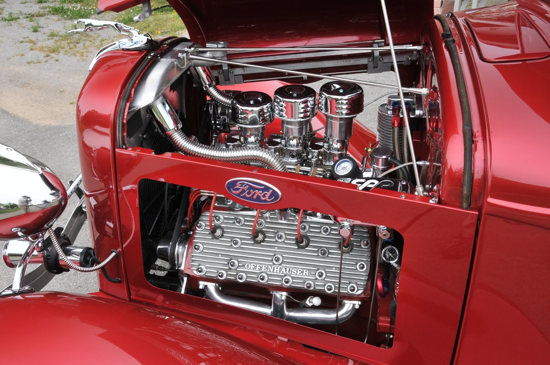 023-1934-ford-pickup-rowland-flathead-carburetors