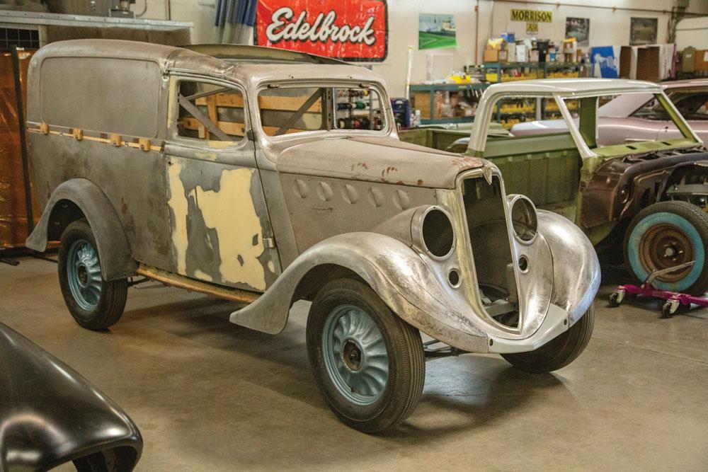 classic-panel-truck