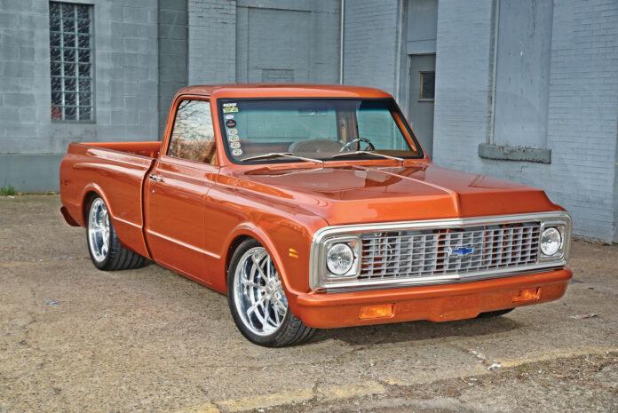 001-1971-Chevy-C10