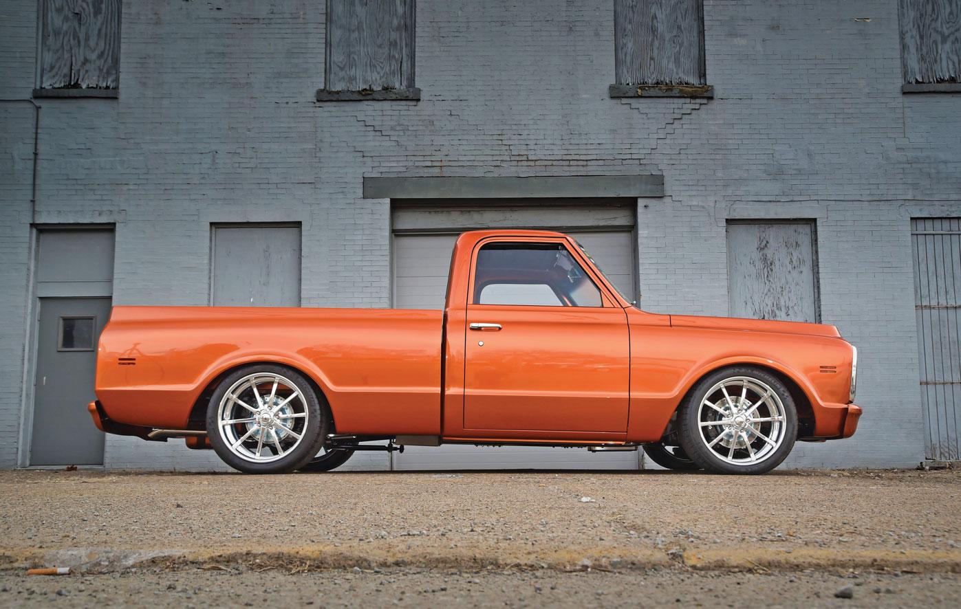 003-Chevy-C10-Profile