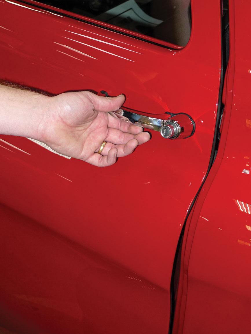 023-classic-truck-door-sealing