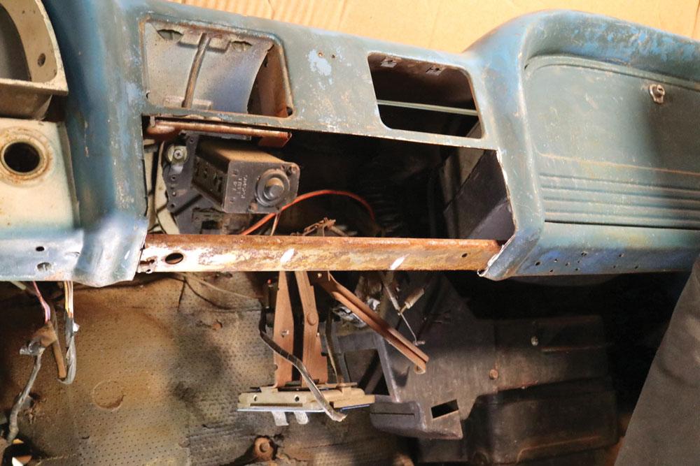 dash-panel-bracket-bare-Chevy-C10