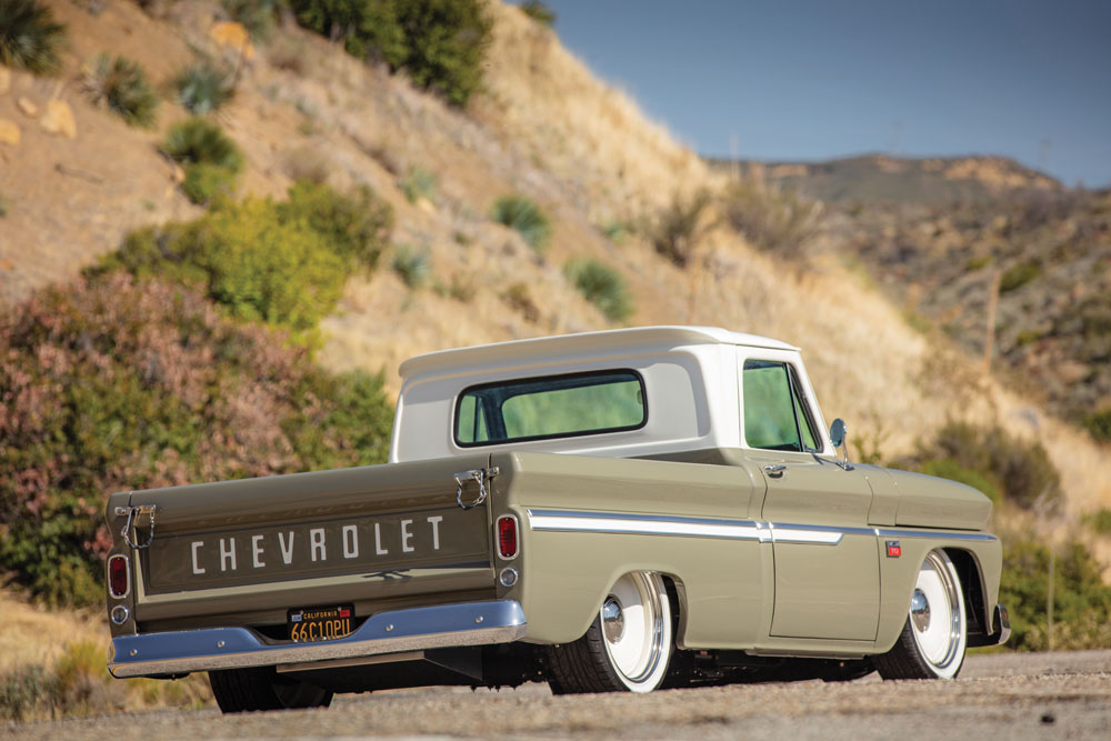 chevy pickup 66 rear tailgate 011