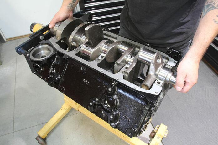 001-acp-small-block-engine-build
