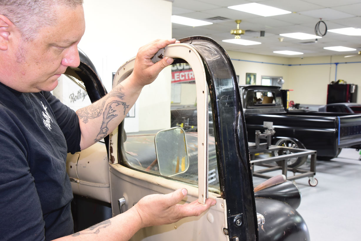 002 Fitting door panels from Chevs of the 40