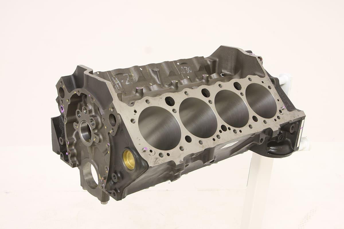002-acp-small-block-engine-build