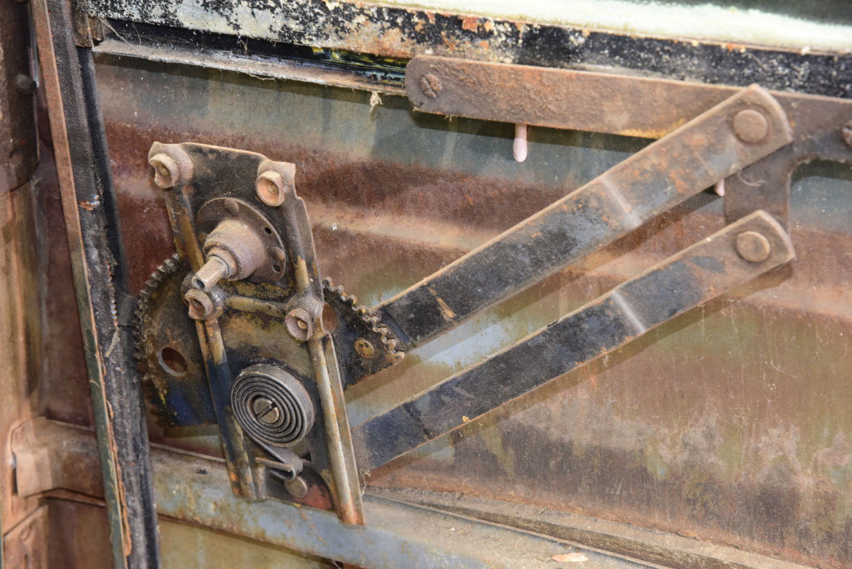 006 Old window regulator on a 1946 Chevy Pick Up truck