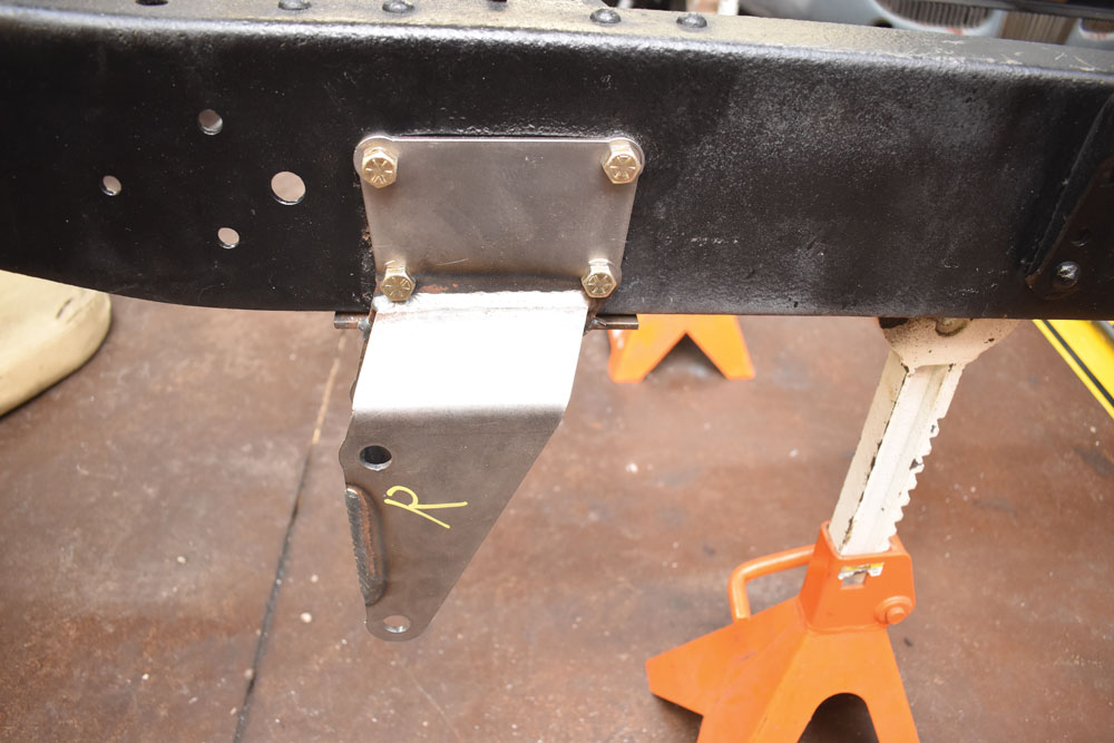 008 Installed four bar linkage bracket for 1956 Ford F-100