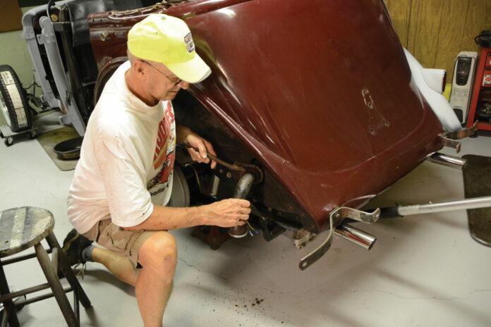 01-removing-fuel-pickup-tube-vintage-car