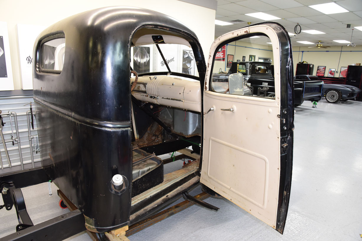 018 Finished 1946 chevy Truck with Chevs of the 40 parts