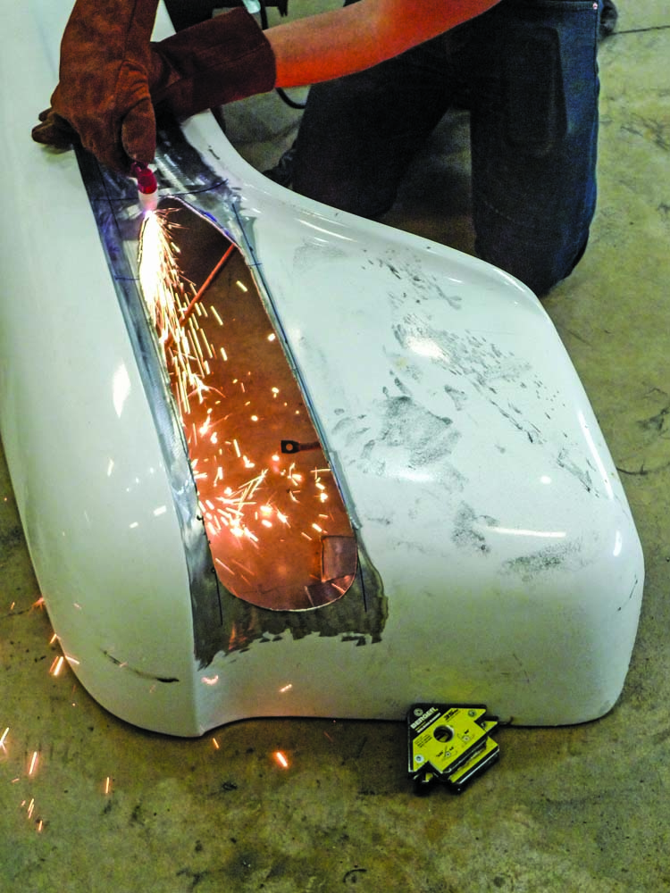 019 Cutting OE Fender for a 1959 Chevy Apache Stepside