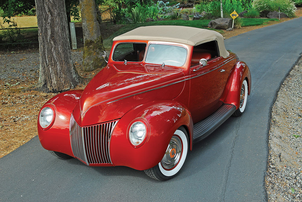03 1939 Ford Deluxe convertible coupe on QA1 Coilovers with a Borg Warner T5 transmission