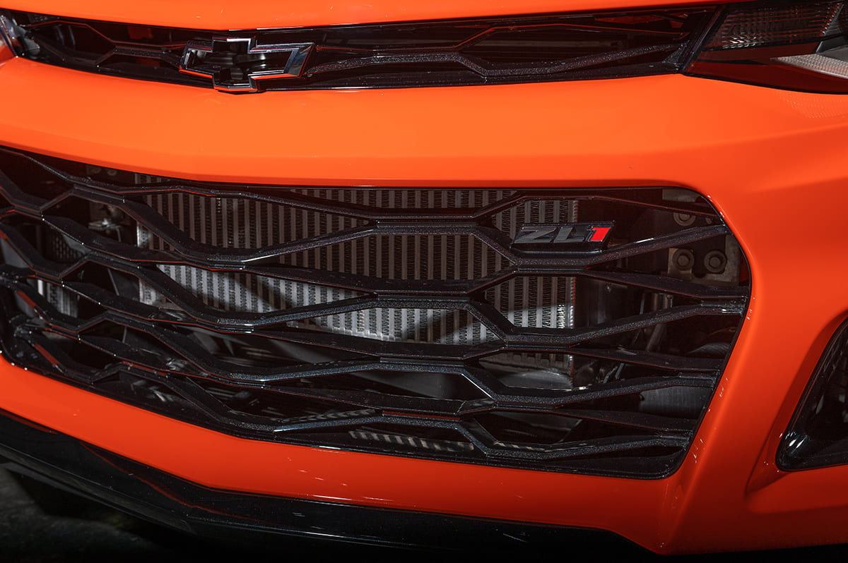 038-2019-chevy-camaro-ZL1