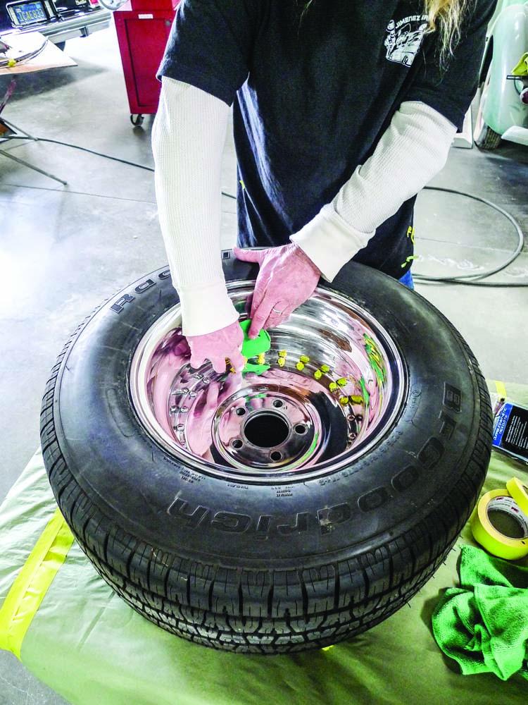 007 Rear custom wheels are deeper requiring plastic spreader