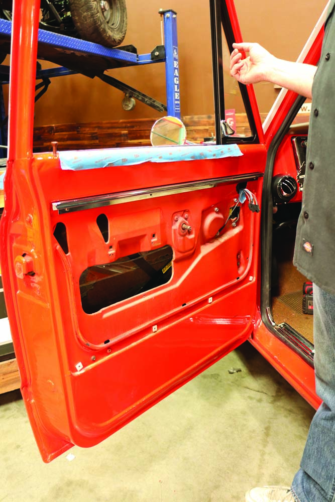 008 Interior door panel removal on a 1967-1972 C10