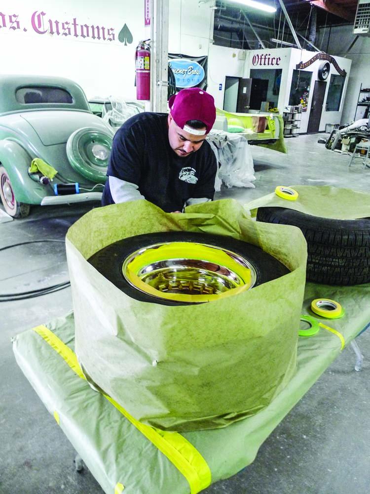 008 Masking off the custom wheels from Center line wheel Jimenez Bro