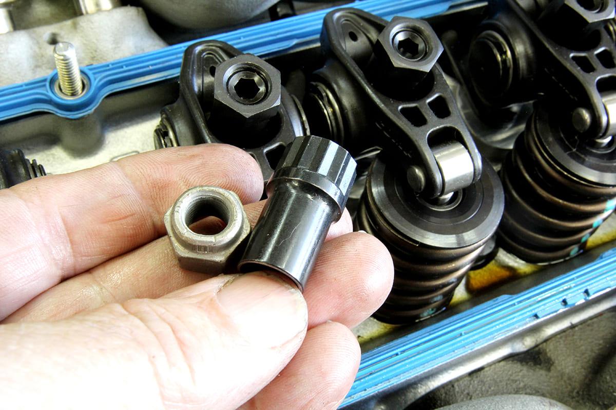 009-setting-valve-lash