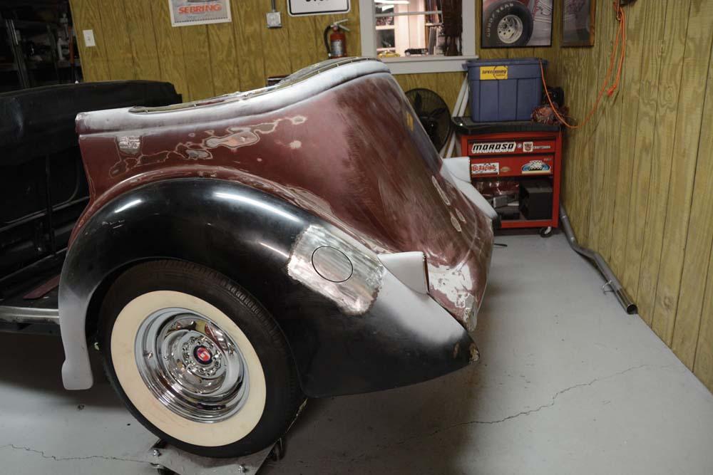 02 1940 Packard lights gas filler door concept