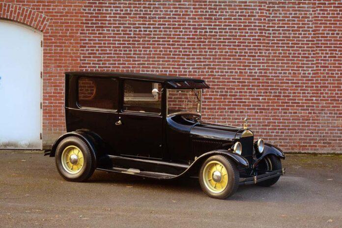 03 Hot Rod Model T custom built on aldan coilovers