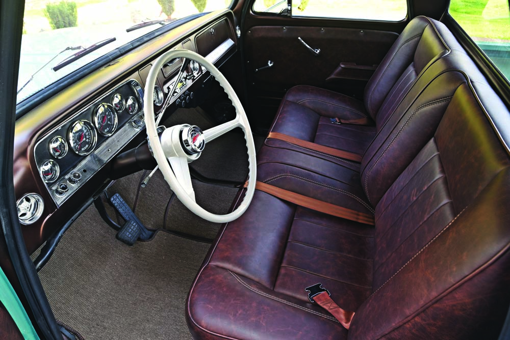 07 1966 C10 Relicate leather show truck