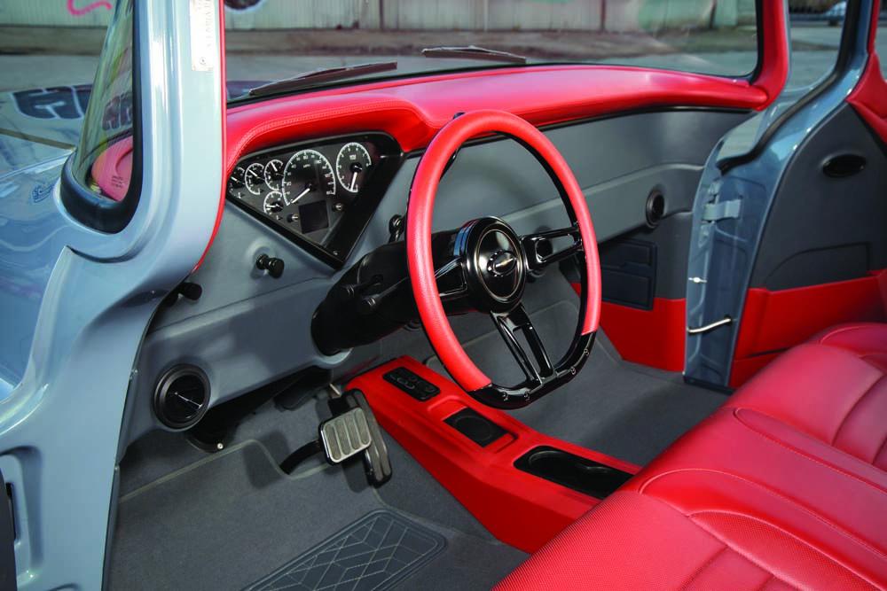 12 Dakota Digital HDX gauges classic Chevy truck