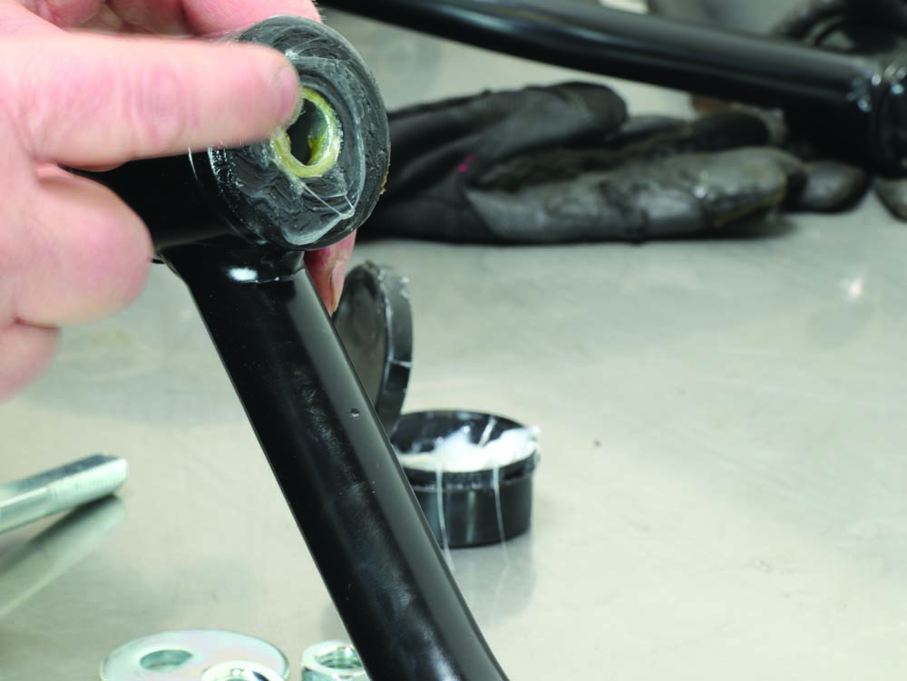 14 Summit Racing prelube packing new lower control arm