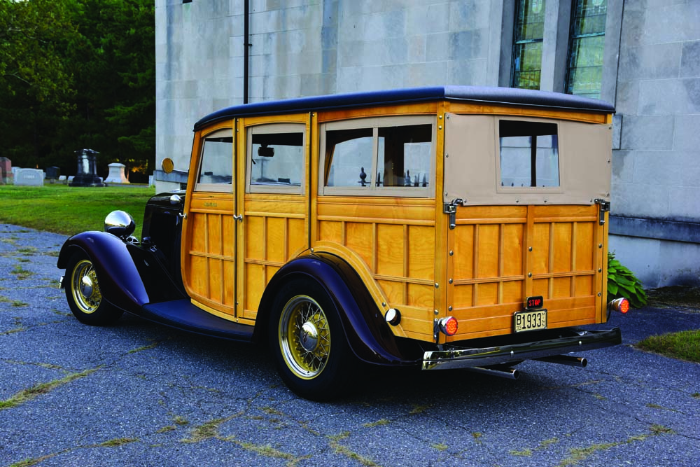 04 1933 Woody Wagon on Wheel Vintiques and new steel body panels