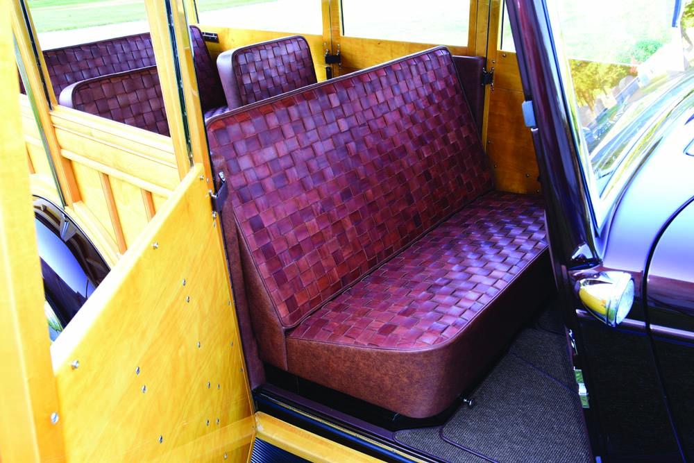 05 Custom interior leather seats