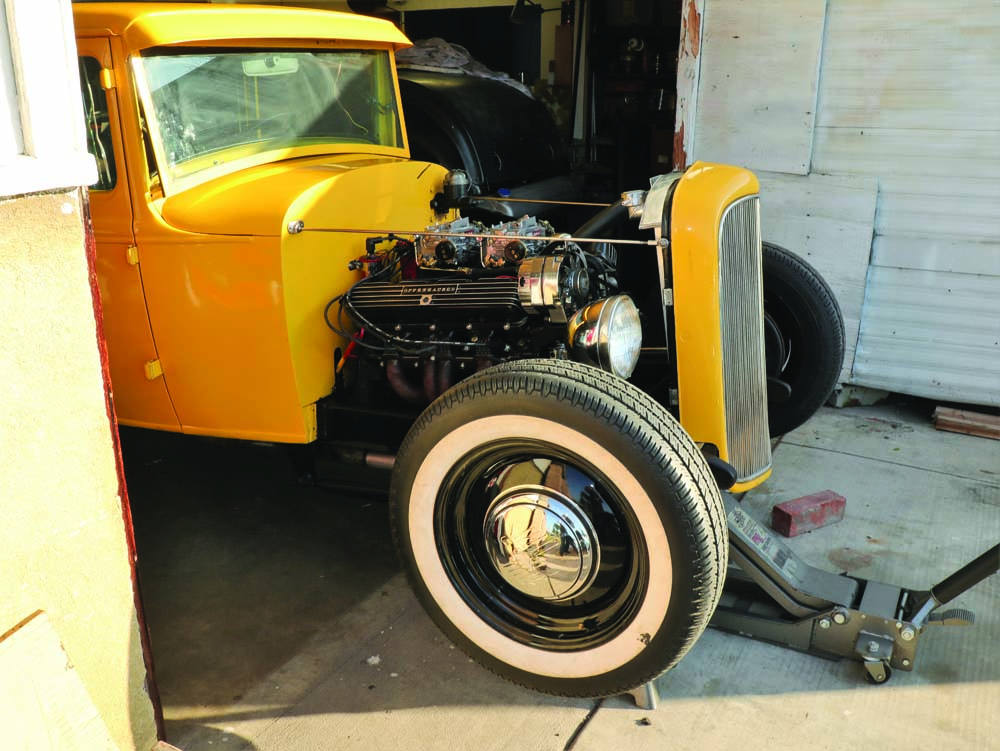 06 Checking the condition wheel bearings of this classic hot rod