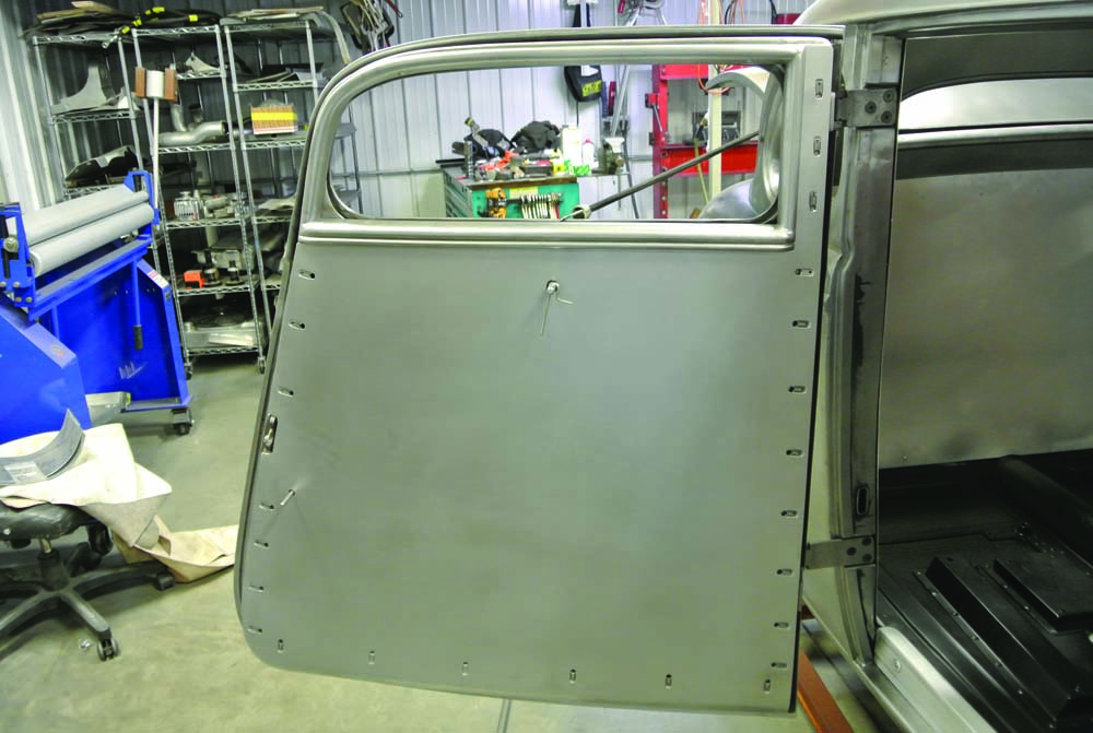 11 BBT fabrication Fitted door panels deleted power windows