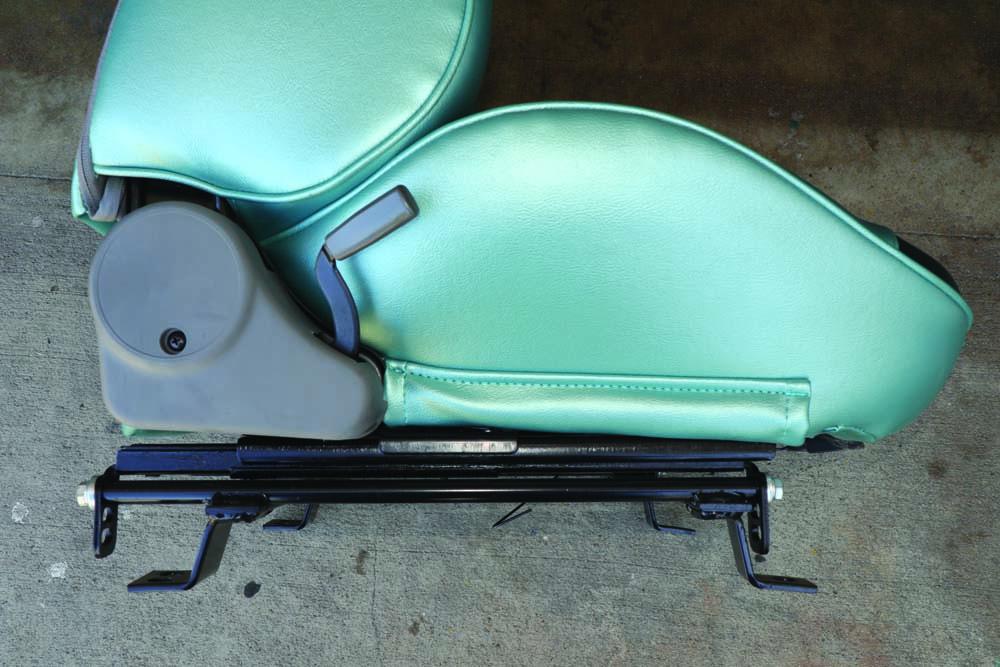 21 Adjustable seat tracks for Porsche bucket seats
