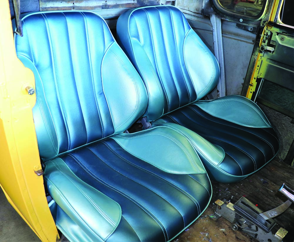 22 Dying these blue Porsche bucket seats to black.
