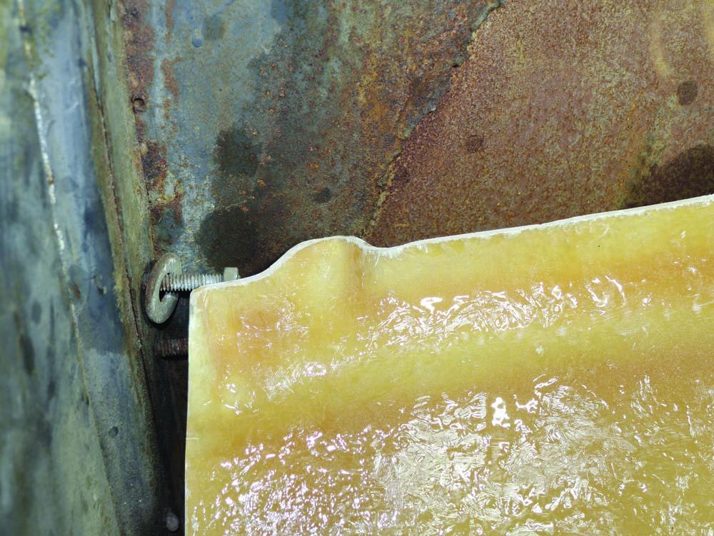 25 Fiberglass 1932 Ford Floor from Speedway Motors